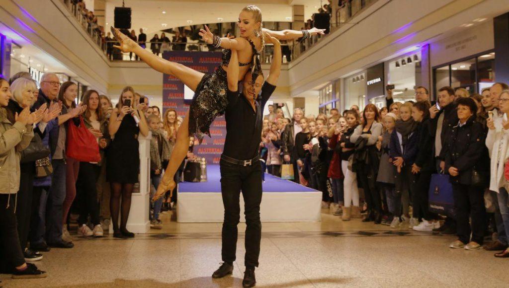 Impressionen von der Late Night Shopping Party im Alstertal Einkaufszentrum Hamburg Poppenbüttel Oktober 2018