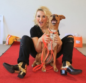 Ella Deck mit Luna auf der Hamburger Hundemesse