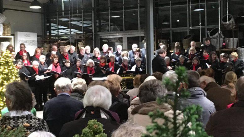 Ein festliches Konzert im Garten von Ehren in Hamburg