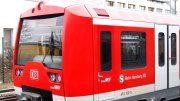 Ein Triebwagen der S-Bahn Hamburg