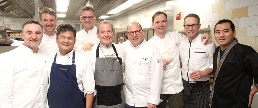 Gruppenbild mit Köchen