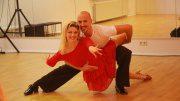 Christine Deck tanzt mit Oliver Tienken