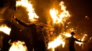 Firedrums Show mit Drums und Feuer