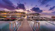 Blick auf den Yachthafen Hawana im Abendlicht