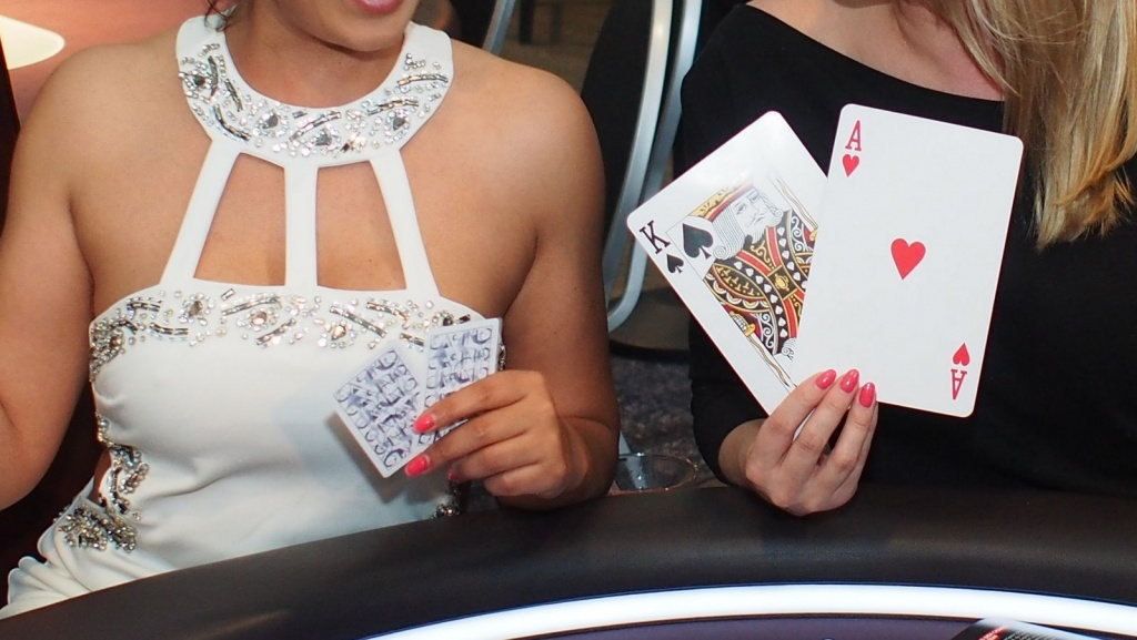 Poker Ladies
