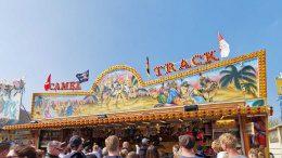 Das CAMEL TRACK Spiel-Geschäft
