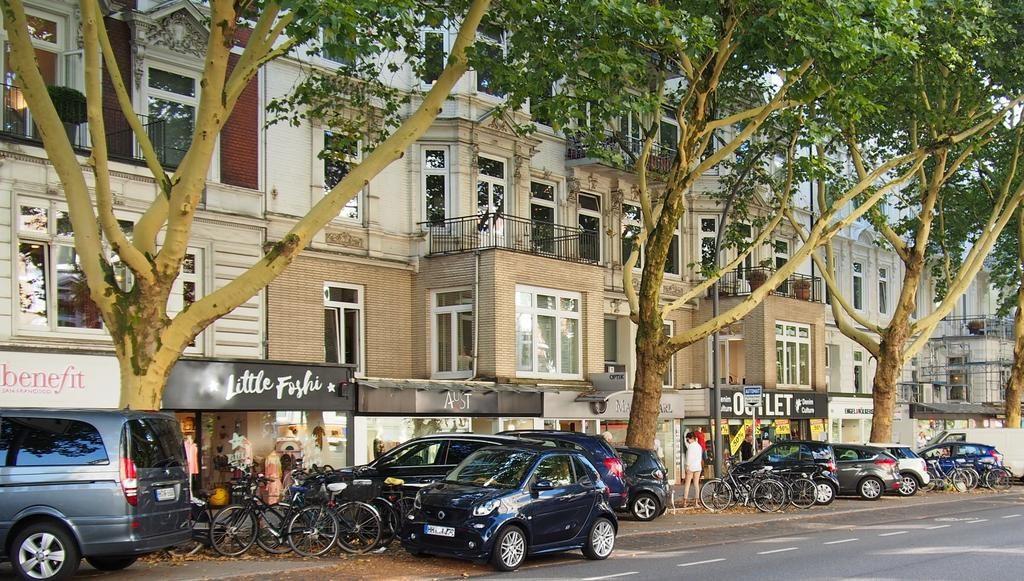 Eppendorfer Baum Einkaufsstraße in Hamburg