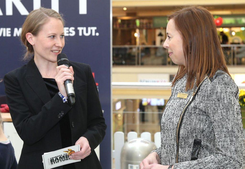 Sabine Kamrath mit Ludmila Brendel