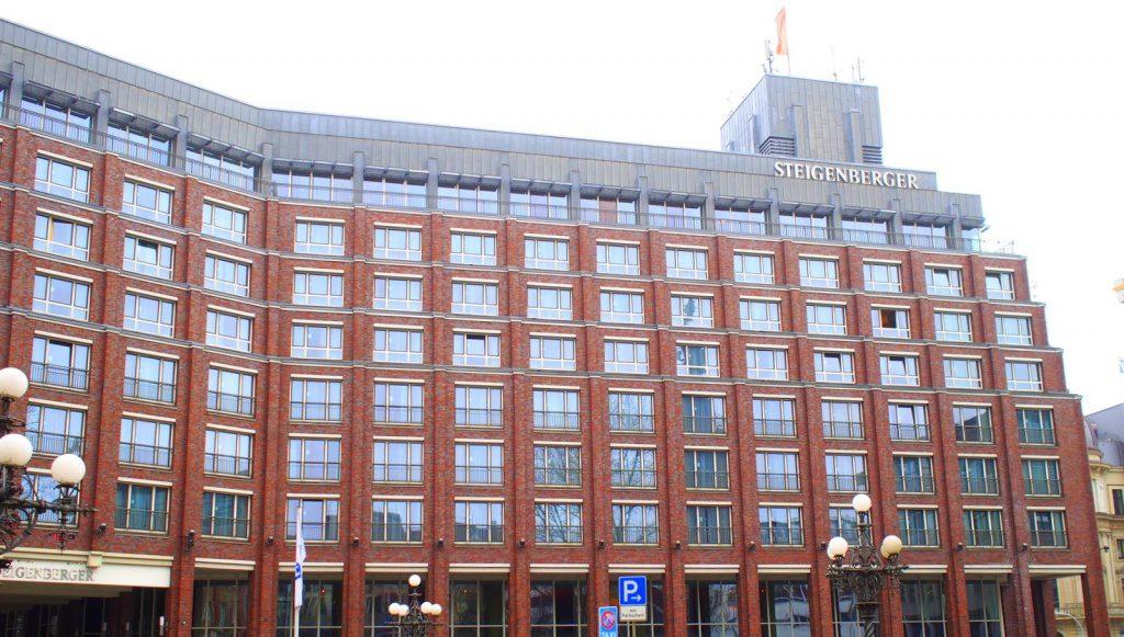 Hotel Steigenberger in Hamburg Aussenansicht