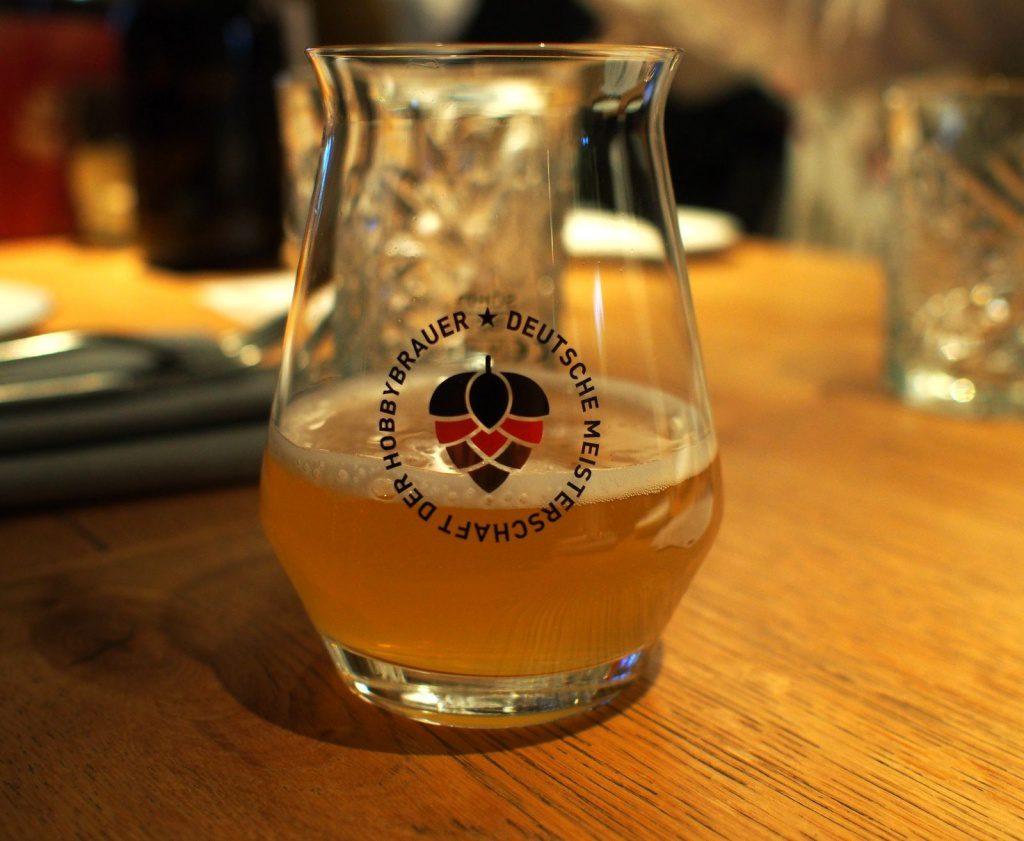 Ein Glas Wit Bier