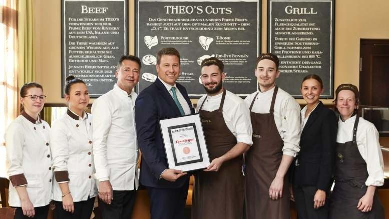 Team des Theo's Steakhouse in Hamburg