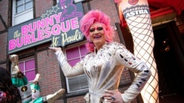 Hamburg St. Pauli Burlesque Revue