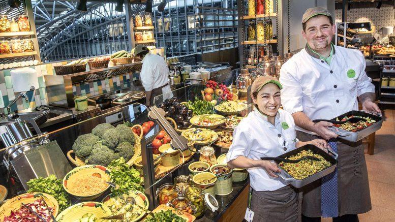 Köche im Marche Restaurant am Flughafen Hamburg