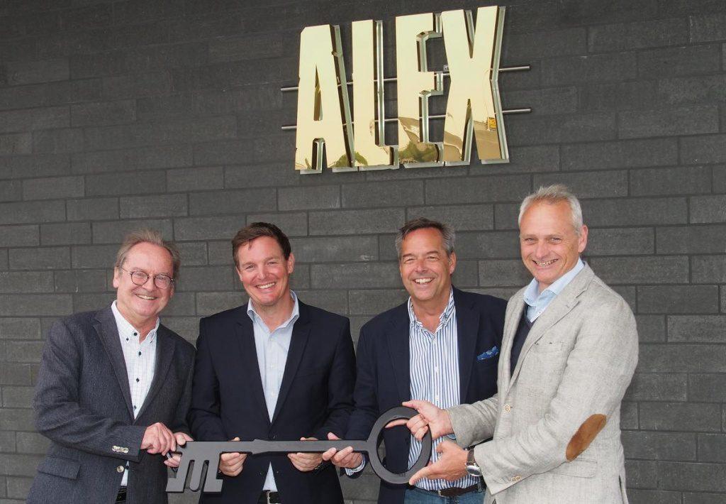 Gruppenaufnahme im neuen ALEX
