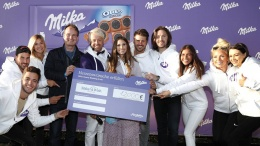 Milka Charity Blobbing Gruppenfoto