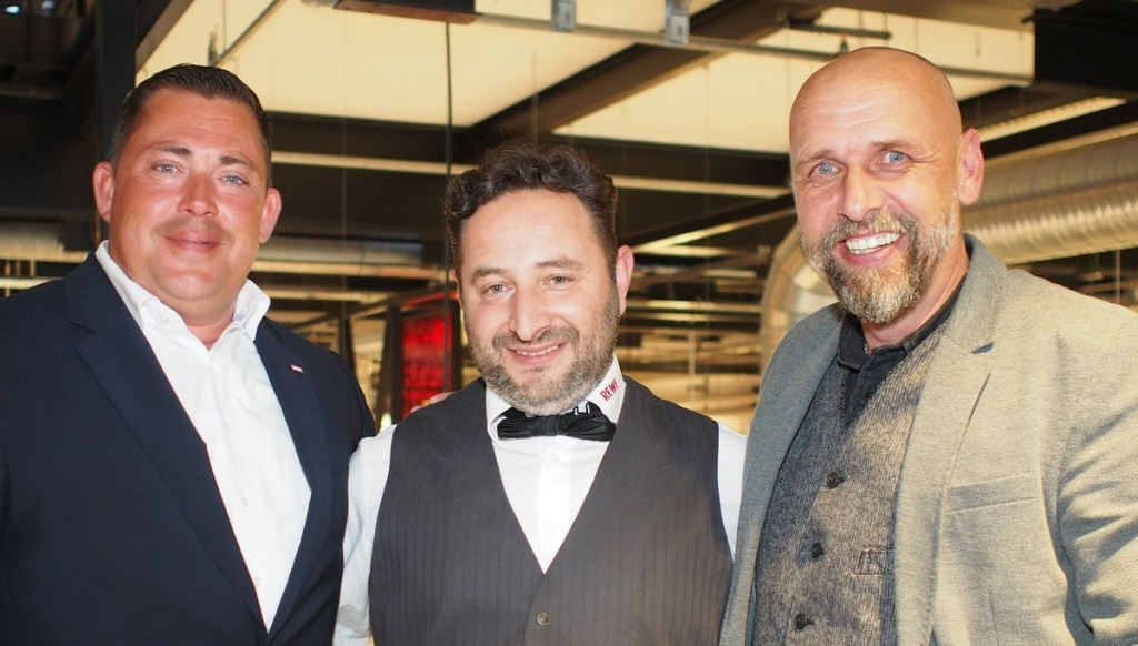 Jochen Vogel, Sasa Surdanovic , Holger Stanislawski