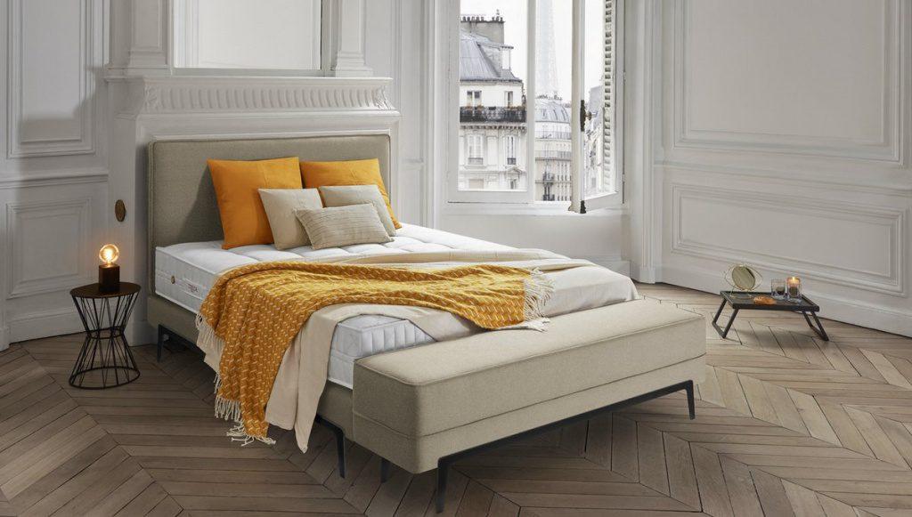 Ein Doppelbett in Paris