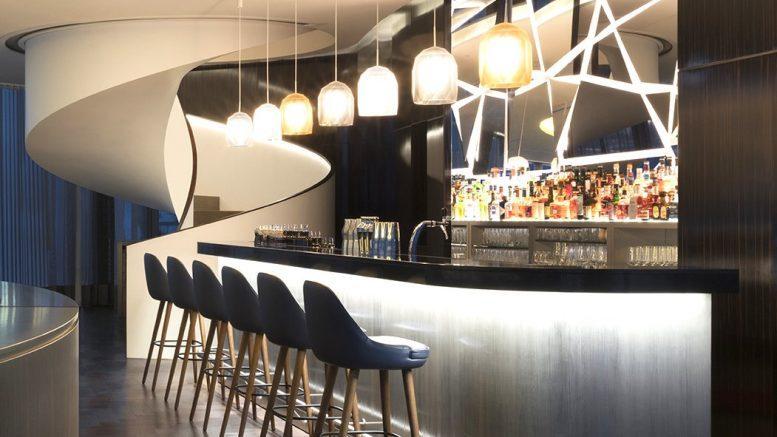 Bar im Hotel The Fontenay Hamburg