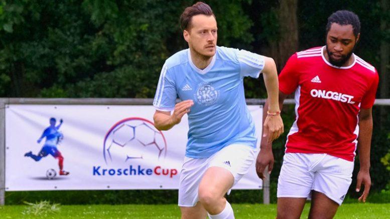 Fußballspieler bei einem Charity Turnier