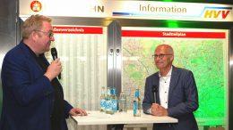 Lars Meyer mit Dr. Peter Tschentscher