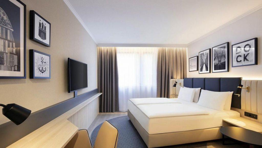 Hotelzimmer im Holidy Inn Crown Plaza Hotel