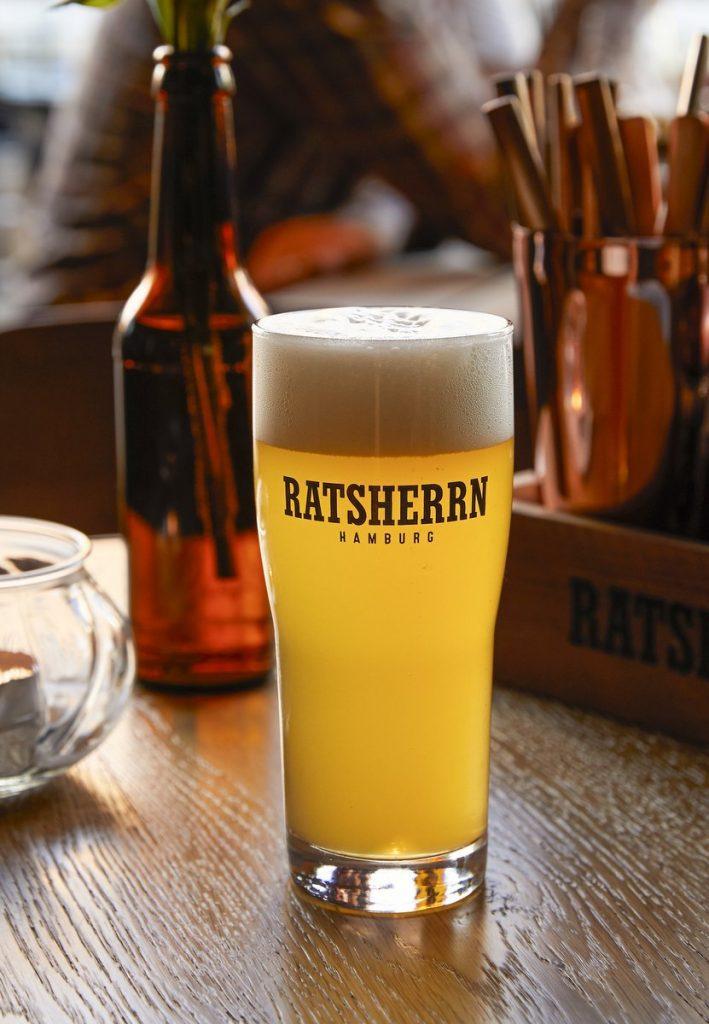Bierglas mit Ratsherrn