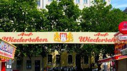 Wiedersehenschild Hamburger Dom Ausgang Feldstraße