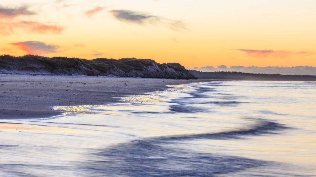 Nordseestrand in Dänemark am Abend
