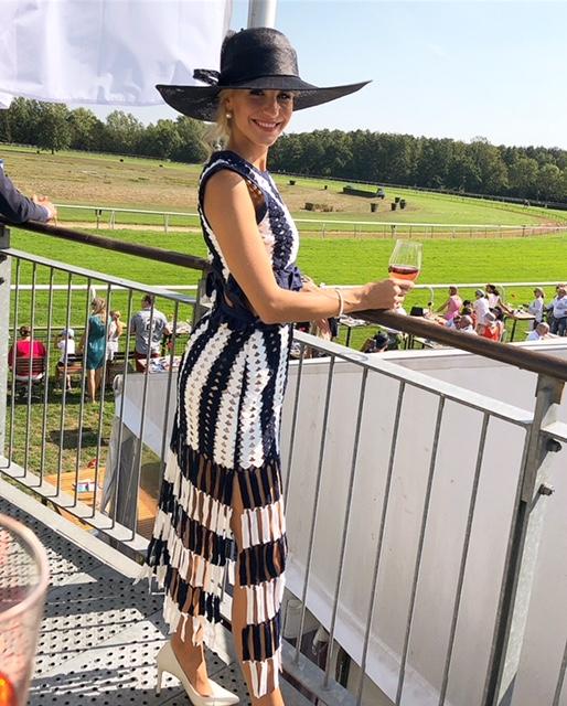 Stefanie Schanzleh beim Galopprennen
