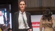 Feel the Fashion auf dem Catwalk bei dodenhof zum Fashion Day. Modells auf dem Laufsteg.