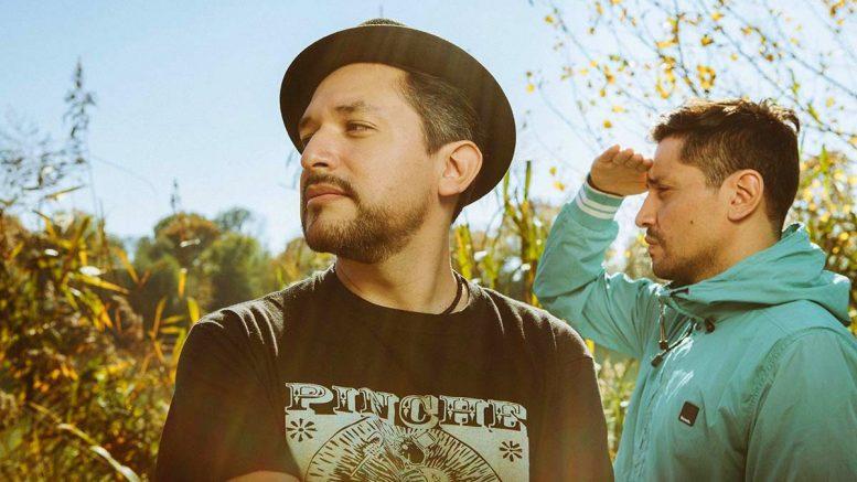 Ragabund - zwei Musiker, der eine mit Hut
