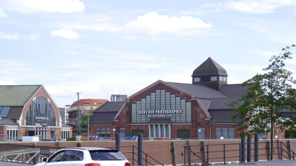 Blick auf die Hamburger Deichtorhallen