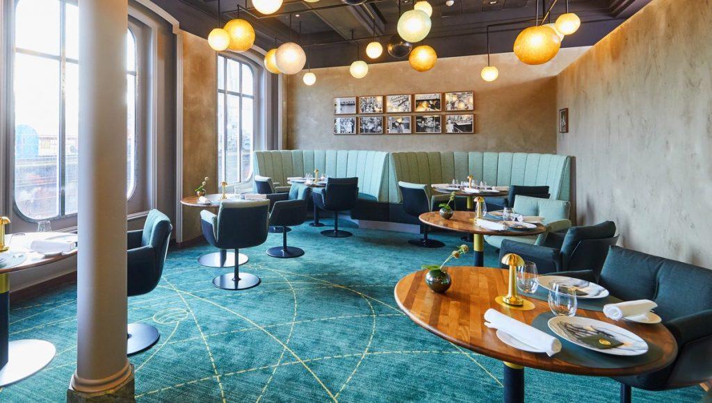 Blick ins Restaurant The Globe an Bord der MS Europa