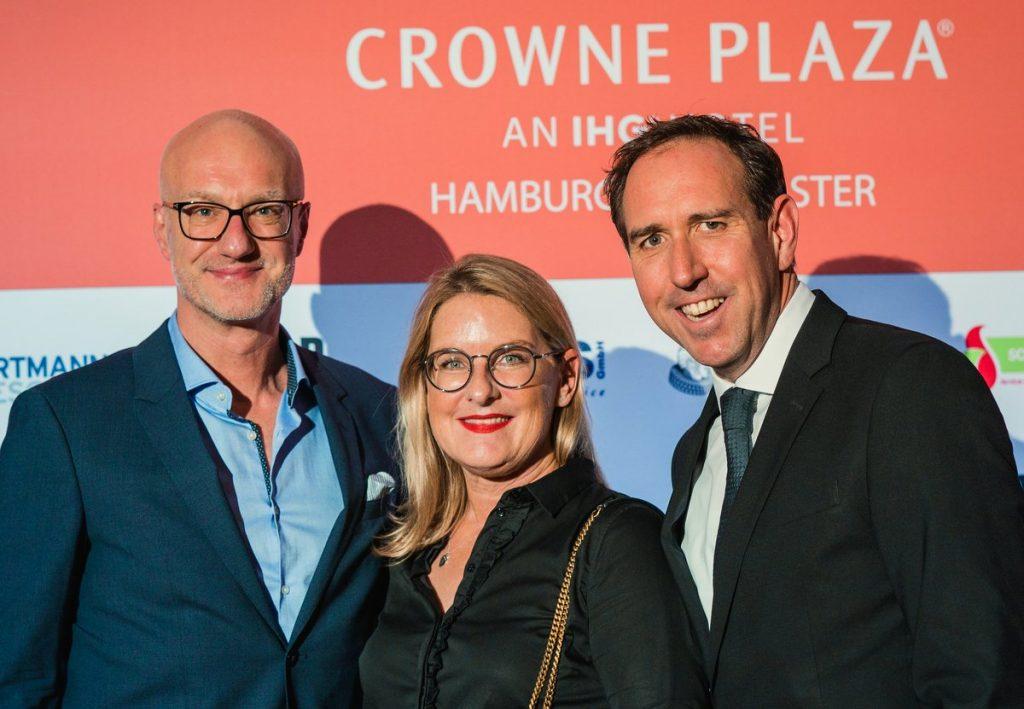 Sabine Bartels mit Sven Sperling und Hannes Drehe