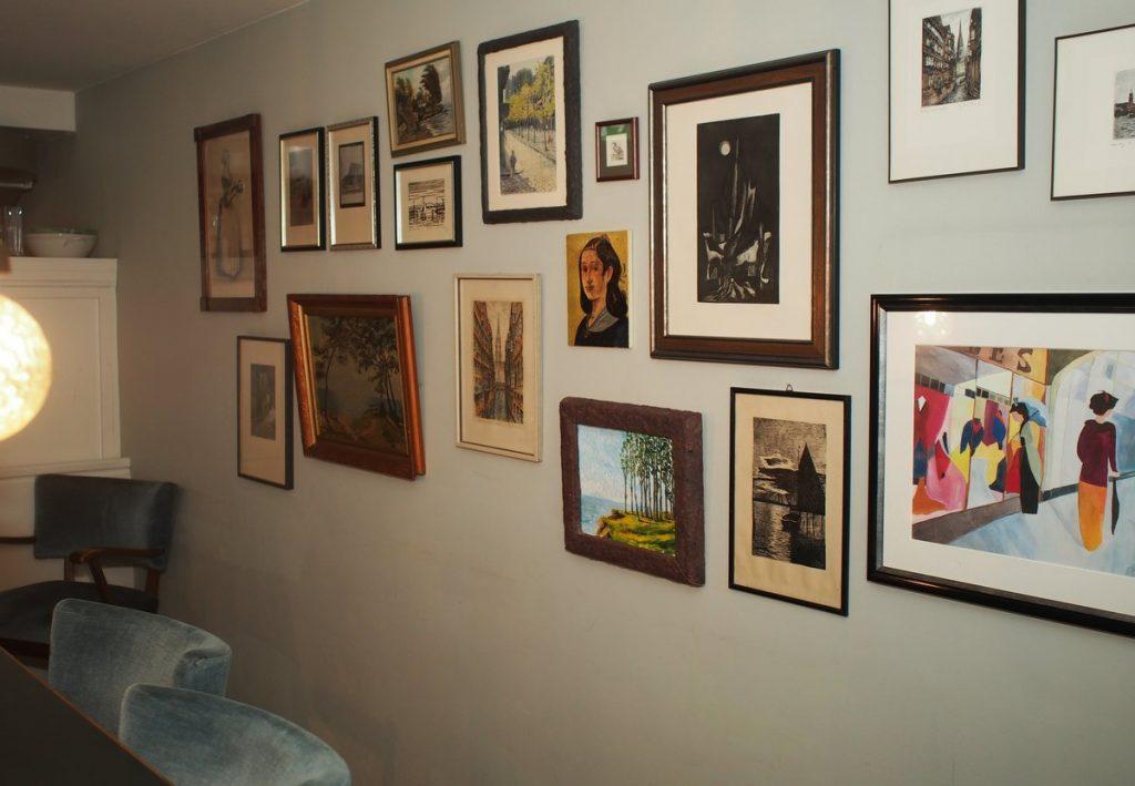 Bilder in der Lounge