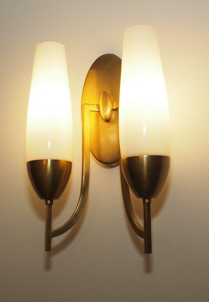 Wandlampen aus den 1950er Jahren