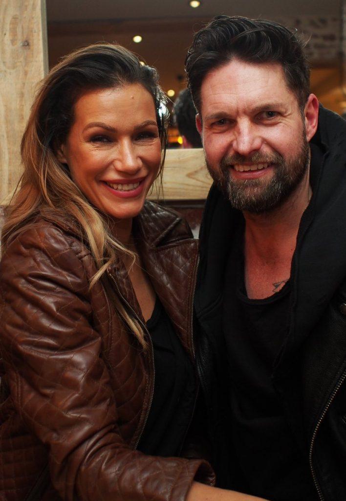 Yasmina Filal mit DJ Kai Schwarz