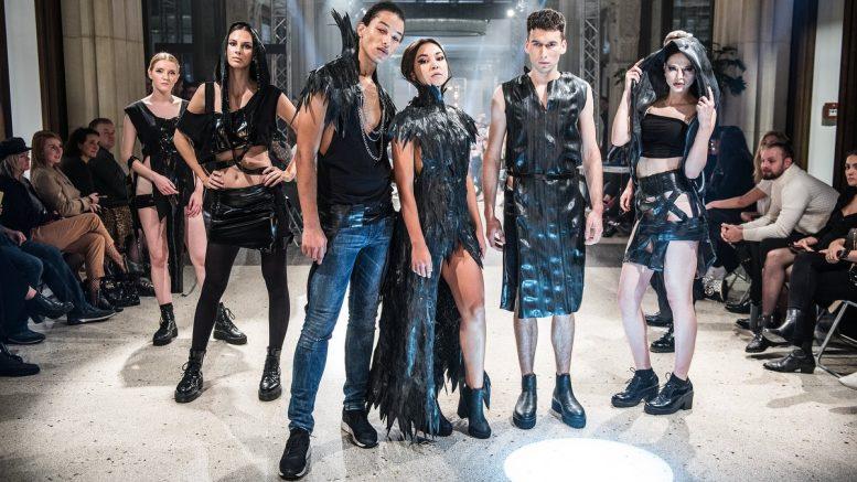 Entwürfe der JAK im schwarzen Outfit
