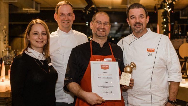 Die Jury des Goldener Tomatenkoch 2019 mit dem Preisträger