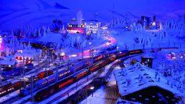 Der Bahnhof von Kiruna bei Nacht als Modell