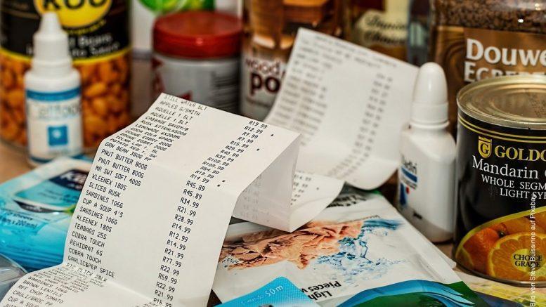 Einkauf mit Kassenbon
