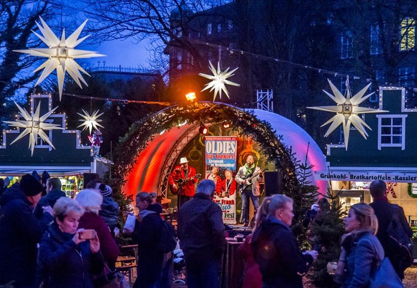 Musikpavillon auf dem Bergedorfer Wichtelmarkt
