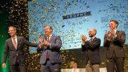 Siegerehrung mit Konfettiregen auf der Bühne - Bester Sommelier Deutschlands