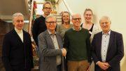 Gruppenbild bei Hamburg Leuchtfeuer mit der Evelyn-Brosch-Stiftung