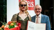 Merlin Sandmeyer bei der Preisübergabe des Boy Gobert Preises