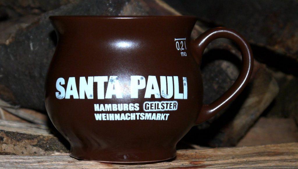 Santa Pauli Glühweinbecher in braun