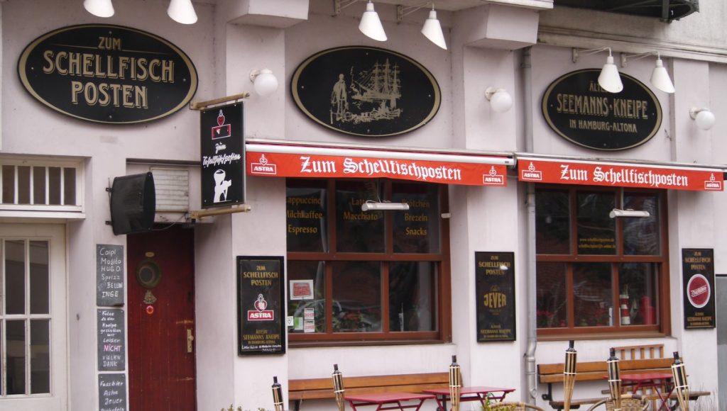 Die Kultkneipe Zum Schellfischposten in Hamburg am Fischmarkt