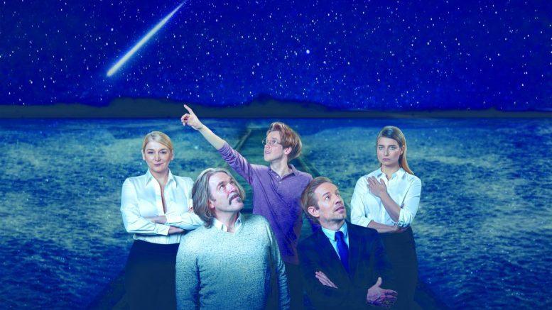Die Entdeckung des Himmels im Altonaer Theater Bühnenfoto mit allen 5 Schauspielern