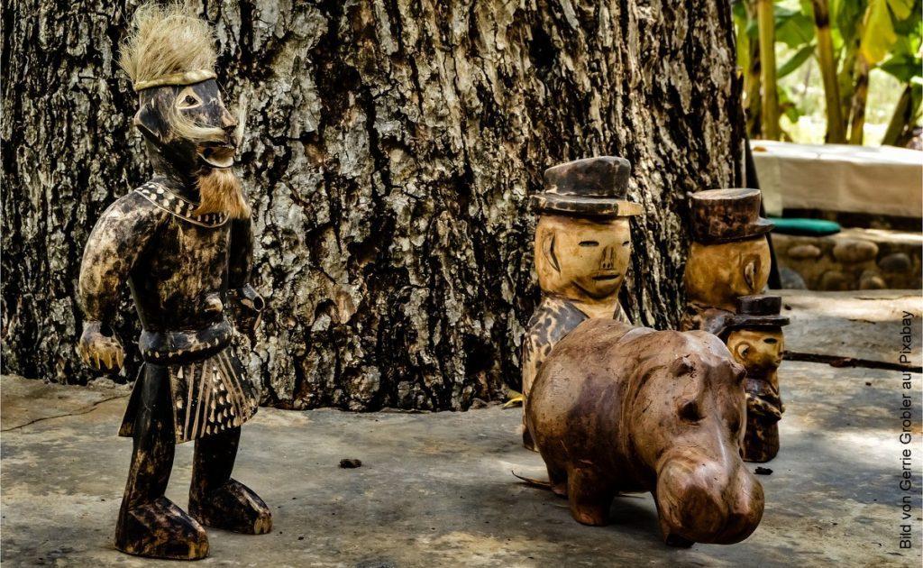 Voodoo Holzfiguren