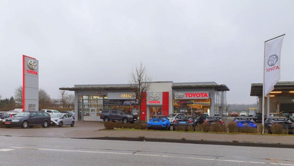 Dello mit der Marke Toyota in Ahrensburg